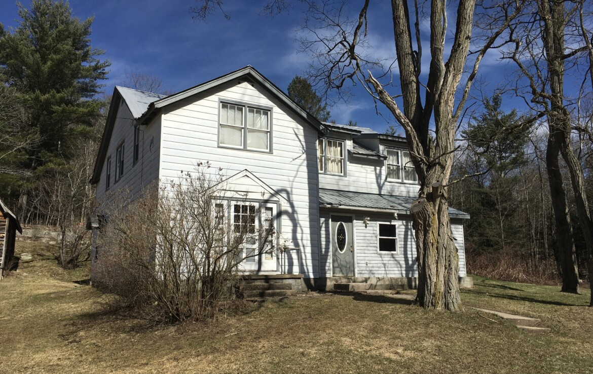 2500 Sq Ft Country Home with 10 acres For Sale Fine NY